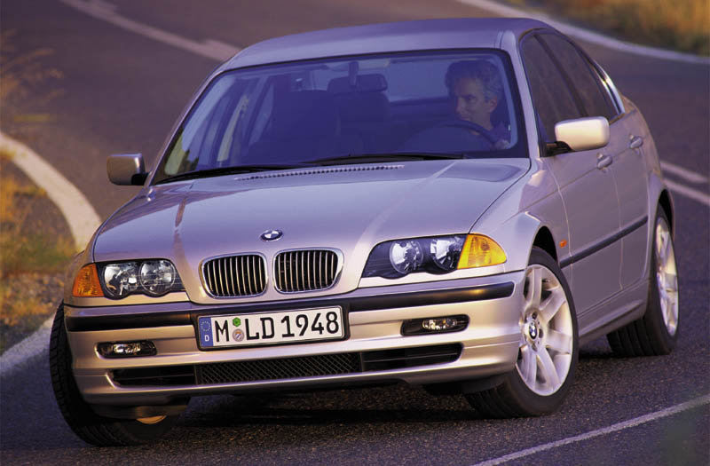 BMW 3-series 1998 matmenys