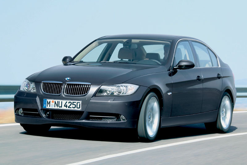 BMW 3-series 2005 matmenys