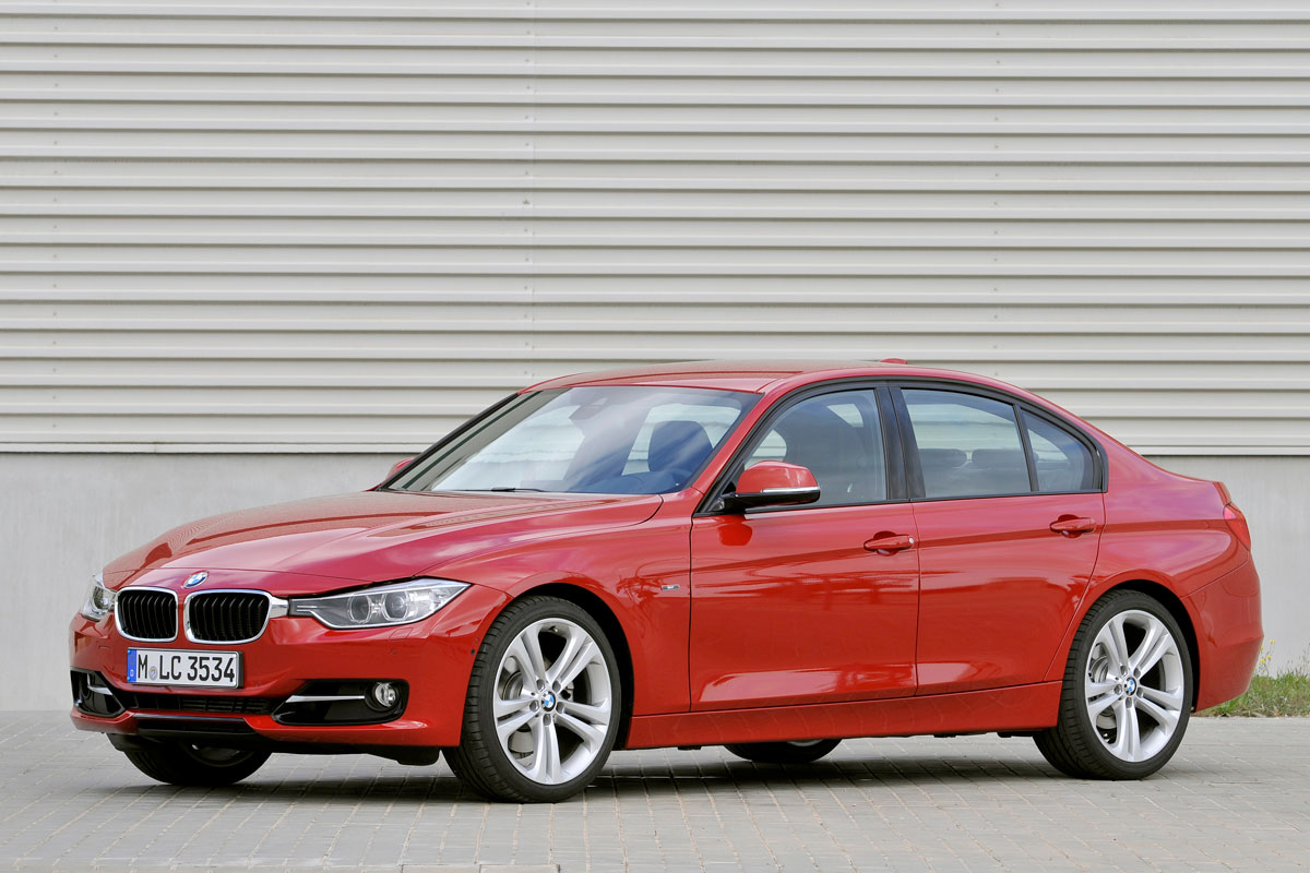 BMW 3-series 2012 matmenys