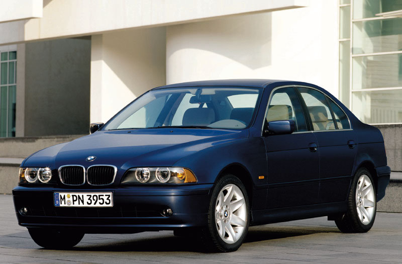 BMW 5-series 2000 matmenys