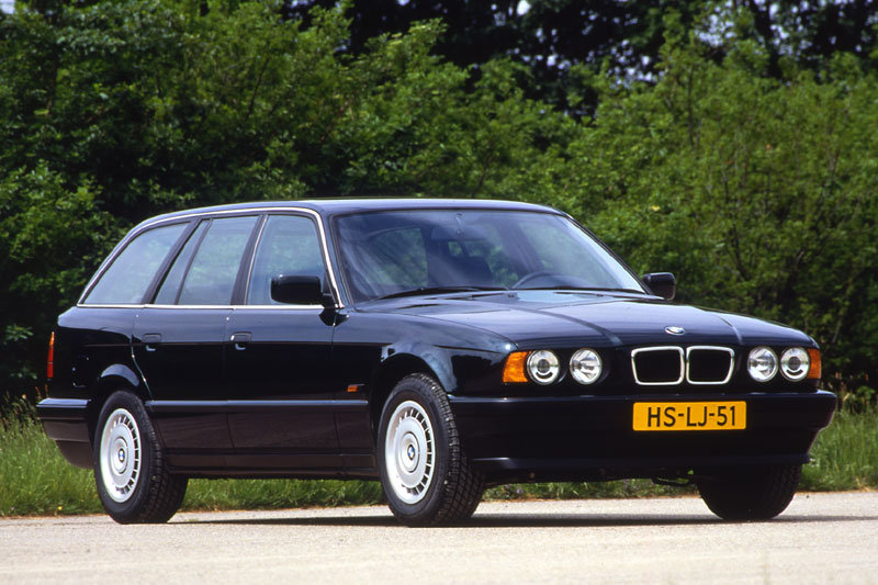 BMW 5-series Touring 1992 matmenys