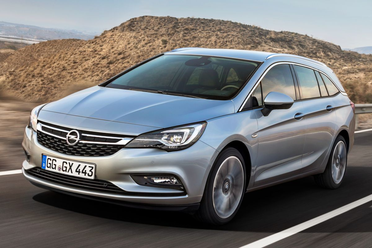 Opel Astra Sports Tourer 2016 matmenys