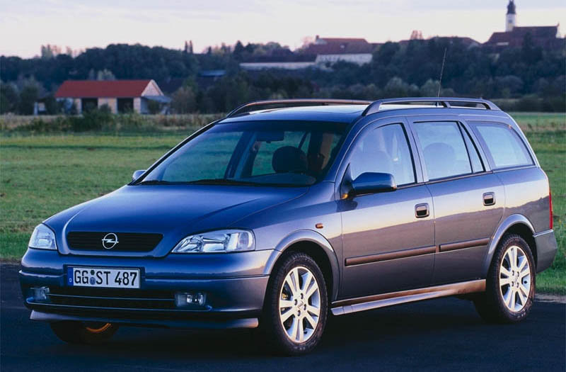Opel Astra Stationwagon 1998 matmenys