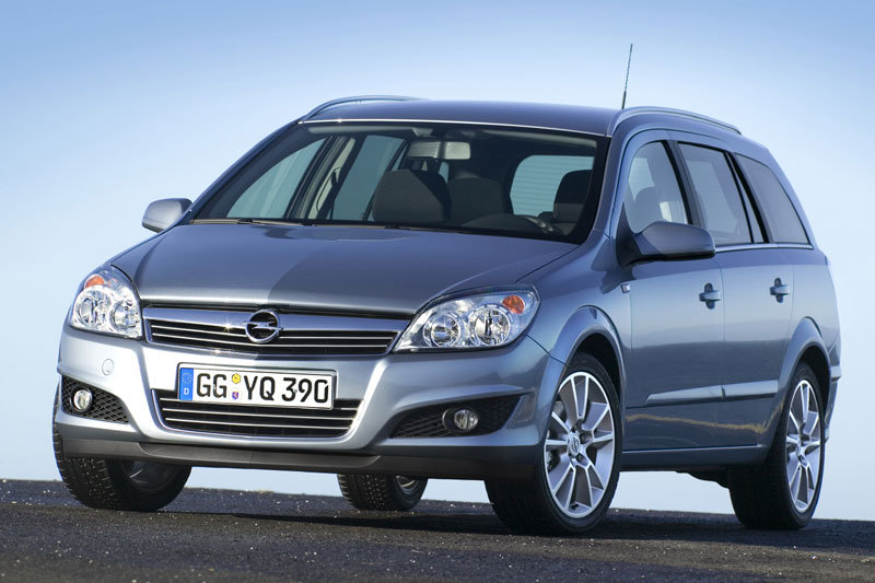 Opel Astra Stationwagon 2007 matmenys