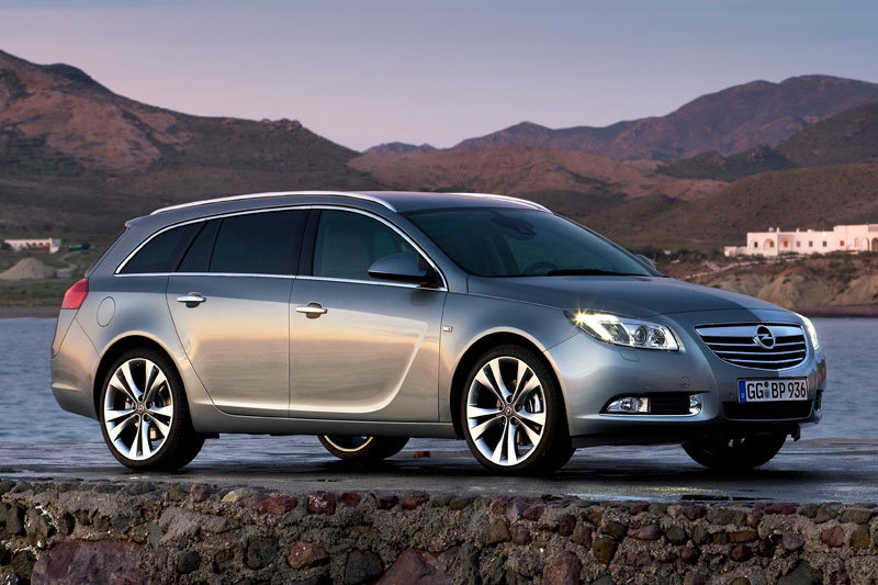 Opel Insignia Sports Tourer 2009 matmenys